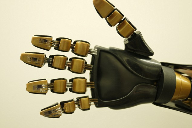 Smart Skin for Robots, for human-like sense of touch 3